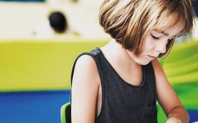 Peur du premier jour d'école : mon enfant souffre t'il de phobie scolaire ?